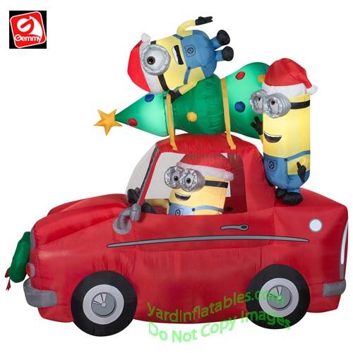 Gemmy Airblown Inflatable 8 1/2' Minion Christmas Car Scene