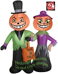 Pumpkin Couple Trick-Or-Treating