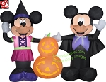 4 1/2' Mickey Mouse and Minnie Pumpkin Scene