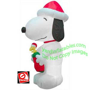 10 giant snoopy with woodstock - Snoopy Blow Up Christmas Decorations