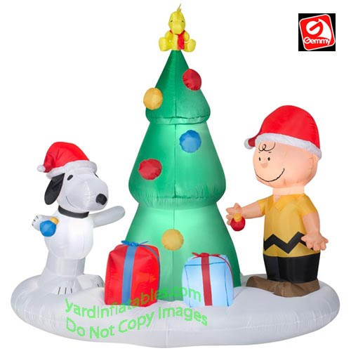 Gemmy Christmas Inflatables 2019.6 Snoopy Charlie Peanuts Christmas Tree Scene
