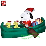 6' Gemmy Airblown Inflatable Animated Mixed Media Snoopy w/ Presents In Canoe