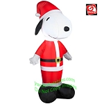 3 1/2'  Snoopy Wearing Santa Suit