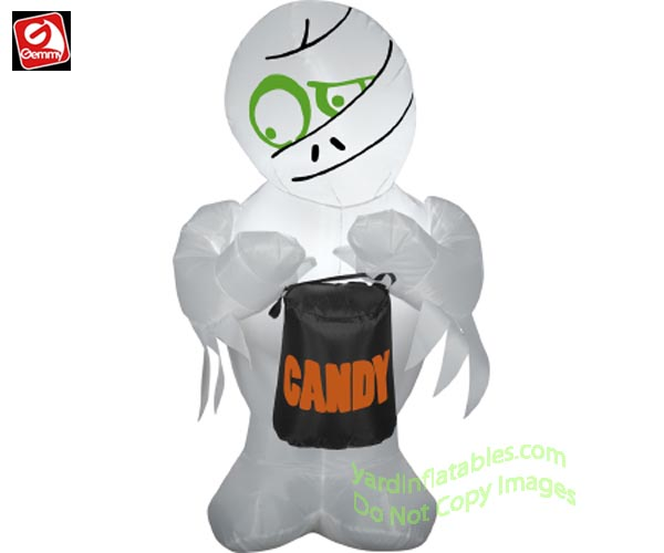 3 1/2' Gemmy Airblown Inflatable Mummy Holding Candy Bag