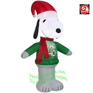 3 1/2' Snoopy w/ Ho Ho Ho Sweater